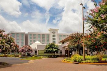 at Delta Hotels by Marriott Chesapeake Norfolk in Chesapeake