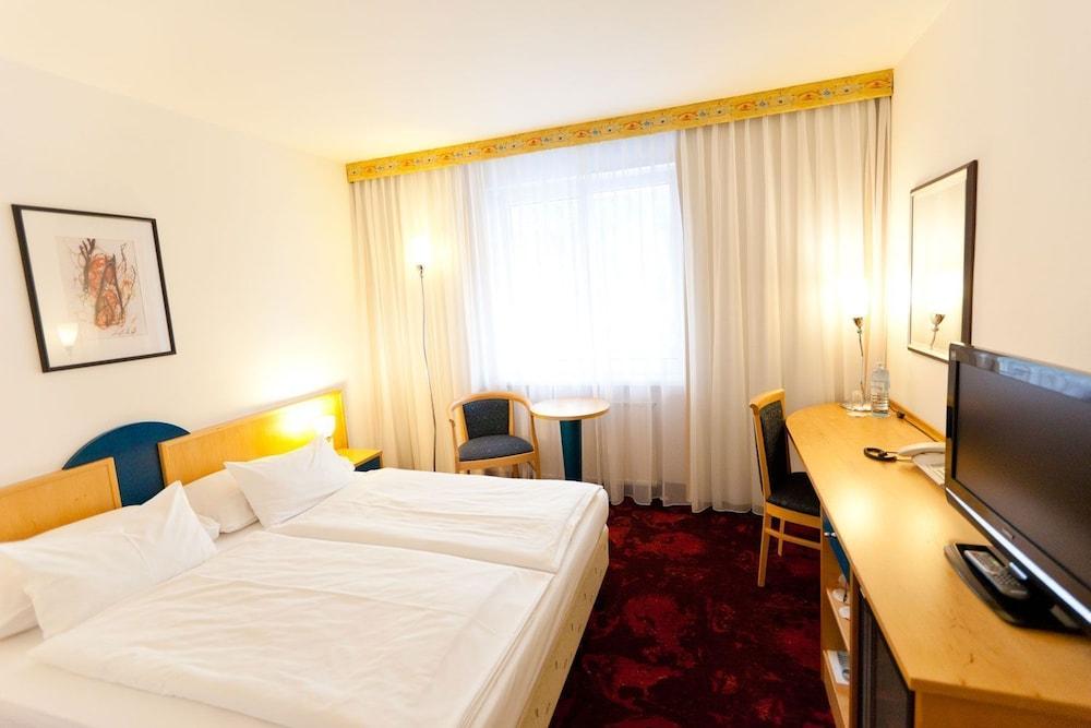 Hotel Boltzmann
