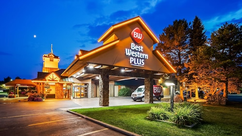 . Best Western Plus GranTree Inn
