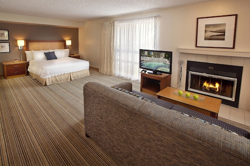 . Residence Inn by Marriott Lake Oswego