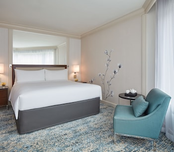 Room, 1 King Bed, City View (Guest)