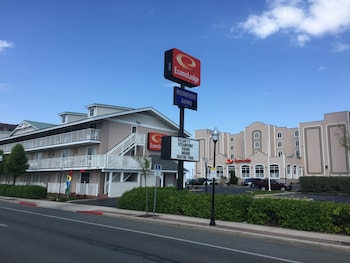 Econo Lodge Oceanfront