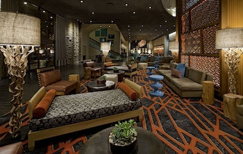 Lobby Lounge at Hyatt Regency Phoenix in Phoenix