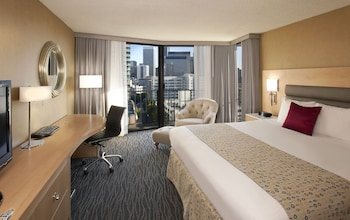 Premier Room, 1 King Bed, Balcony, City View