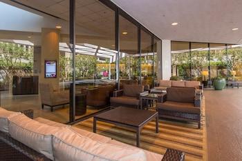 洛杉磯國際機場皇冠假日飯店