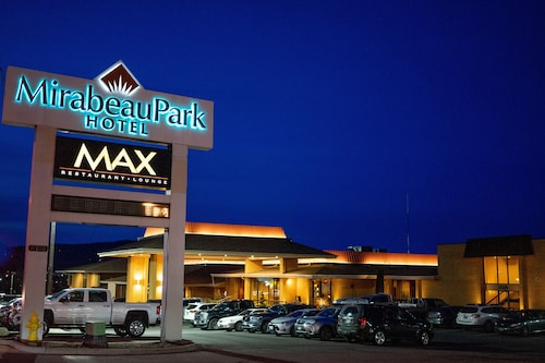 . Mirabeau Park Hotel & Convention Center