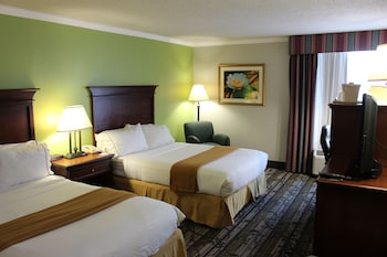 Guestroom at Wyndham Garden Summerville in Summerville