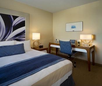 Room, 1 Queen Bed (Quay)