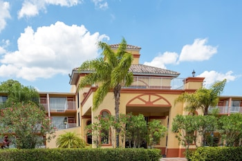 Hotel - Howard Johnson by Wyndham Tropical Palms Kissimmee
