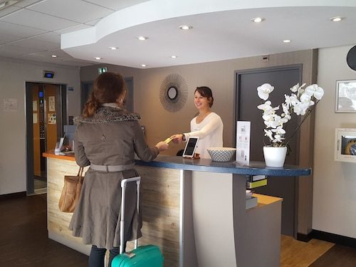 . ibis Styles Angers Centre Gare