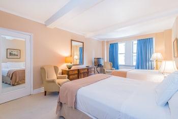 Suite, 1 Bedroom (2 Queens)