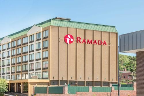 . Ramada by Wyndham Cumberland Downtown