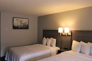 Premium Suite, Multiple Beds (Upgraded Bedding & Snack, Smoke Free)