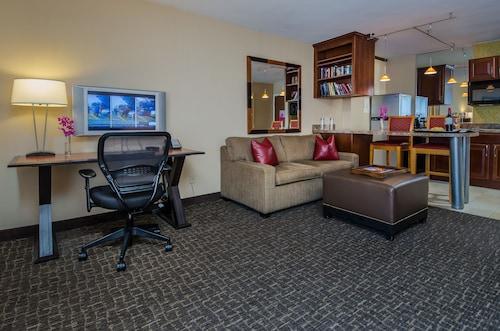 Beacon Hotel & Corporate Quarters, District of Columbia