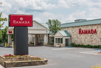 Hotel - Ramada Hotel & Conference Center by Wyndham State College