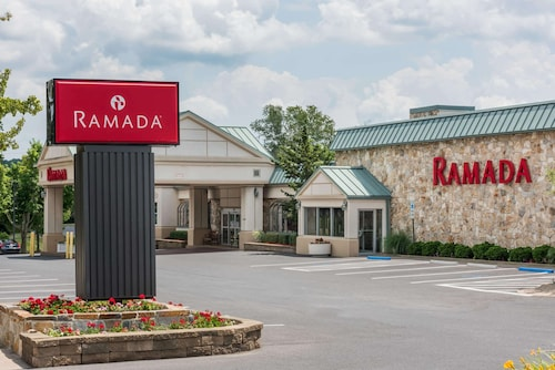 . Ramada Hotel & Conference Center by Wyndham State College