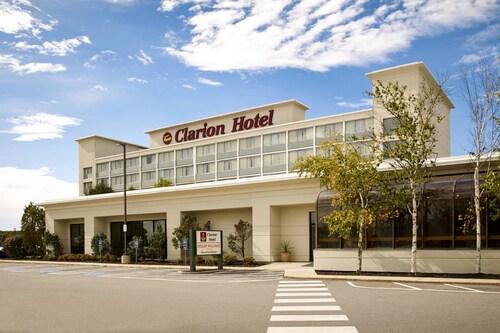 . Clarion Hotel Portland
