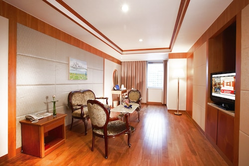 Sejong Hotel, Jung