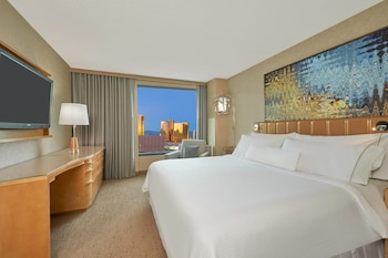 Premium Room, 1 King Bed