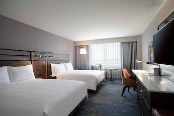 Deluxe Guest room, 2 Queens, High Floor