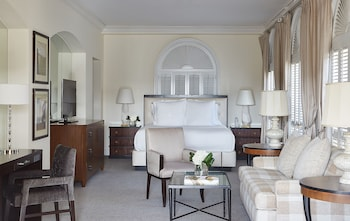 Suite, 1 King Bed (Veranda)