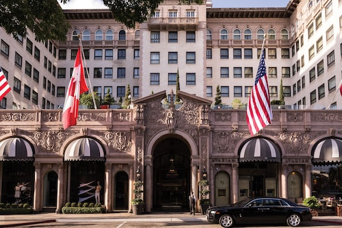 . Beverly Wilshire - Beverly Hills, A Four Seasons Hotel