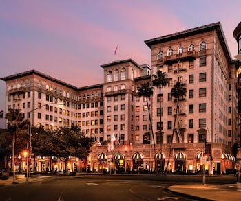 Beverly Wilshire - Beverly Hills, A Four Seasons Hotel - Featured Image
