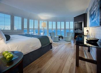 Premium Room, 1 King Bed, Lake View