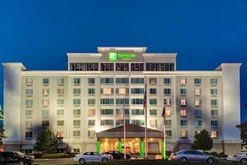 歐弗蘭帕克西假日套房飯店 Holiday Inn and Suites Overland Park West, an IHG Hotel