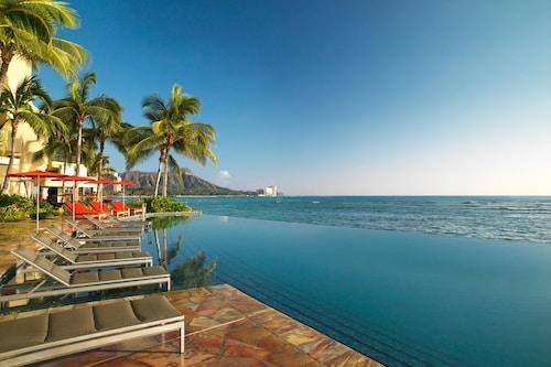 . Sheraton Waikiki