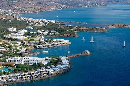 . Elounda Beach Hotel & Villas, a Member of the Leading Hotels of the World