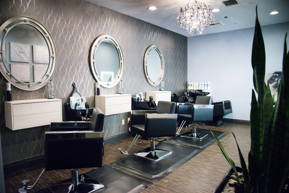Services : Hair Salon 42 of 98
