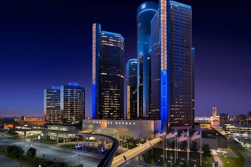 . Detroit Marriott at the Renaissance Center