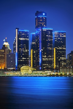 Hotel - Detroit Marriott at the Renaissance Center