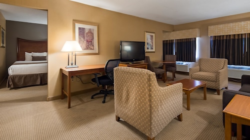 Best Western Plus North Haven Hotel, New Haven