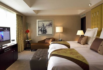 Superior Room, 2 Twin Beds, View (Plaza View)