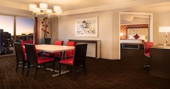 Resort Premium Suite, 1 King, Non-Smoking