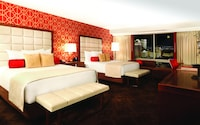 Jubilee Room, 2 Queen Beds, Strip View
