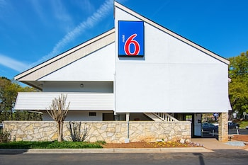 Motel 6 Charlotte NC Airport