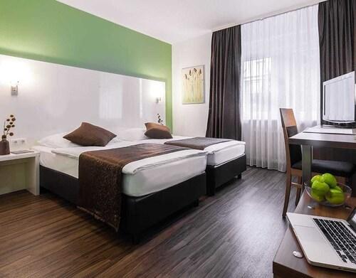 Hotel Mondial, Mettmann