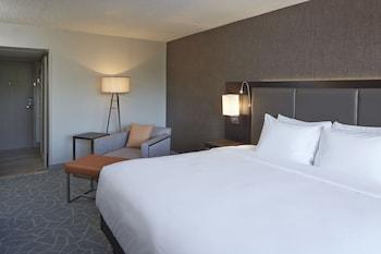 Room, 2 Queen Beds (Treat Yourself Amenities)
