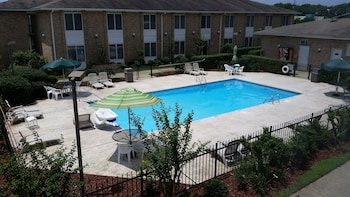 Hotel - Americas Best Value Inn & Suites Foley Gulf Shores