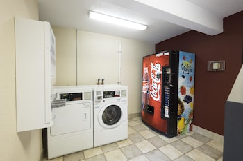 Red Roof Inn PLUS+ Wilmington - Newark - Property Image 1