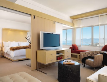 Malibu One Bedroom Suite