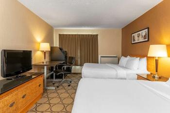 Standard Room, 2 Queen Beds, Non Smoking (Not Pet Friendly )