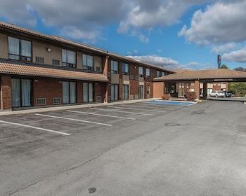 Hotel - Comfort Inn Highway 401