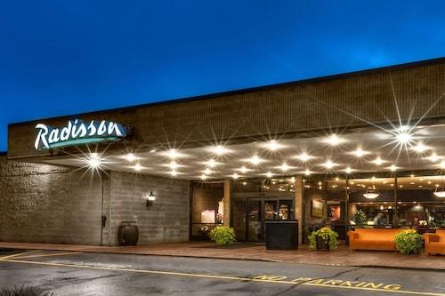 . Radisson Hotel Corning