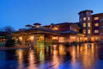 蓋特威大飯店 Grand Gateway Hotel