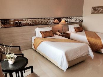 Indra Regent Hotel trip planner