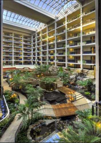 . Embassy Suites by Hilton Baltimore Hunt Valley